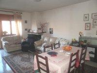 Rif. 1549 appartamento con giardino e garage