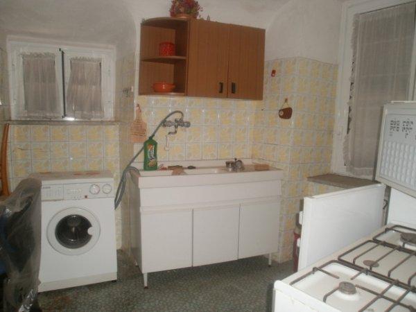 Rif. 1729/A Appartamento con ingresso indipendente.